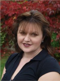 Clare Harrison - Professional soprano singer and flautist in Pembrokeshire Wales